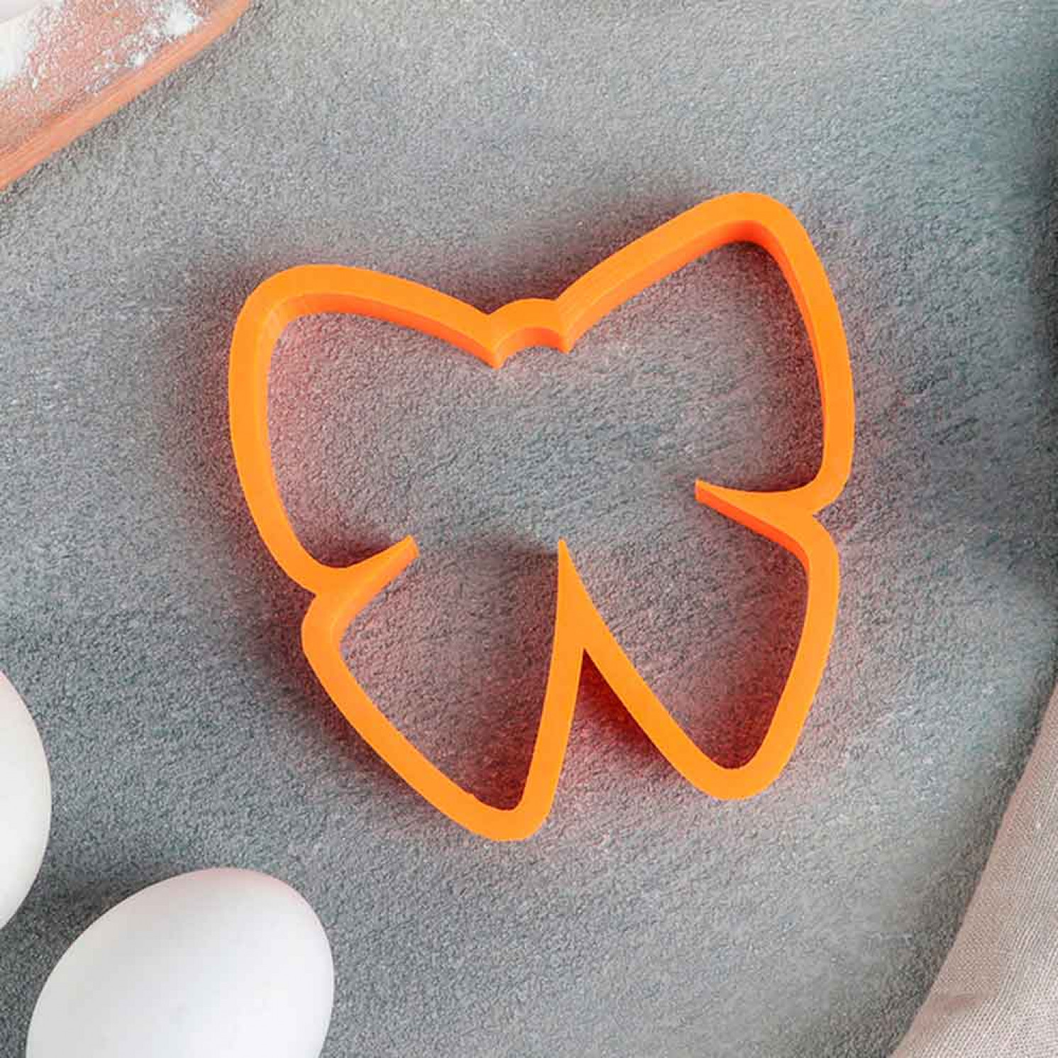 Форма для вырезания печенья и трафарет «Бантик», цвет МИКС