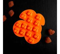 Форма для льда и шоколада «Зимняя вишня», 14 ячеек 18×17×1,8 см, цвет МИКС