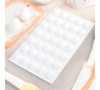 Форма для выпечки «Шарики», 30×17,5×1,5 см, 35 ячеек (d=2,7 см), цвет белый