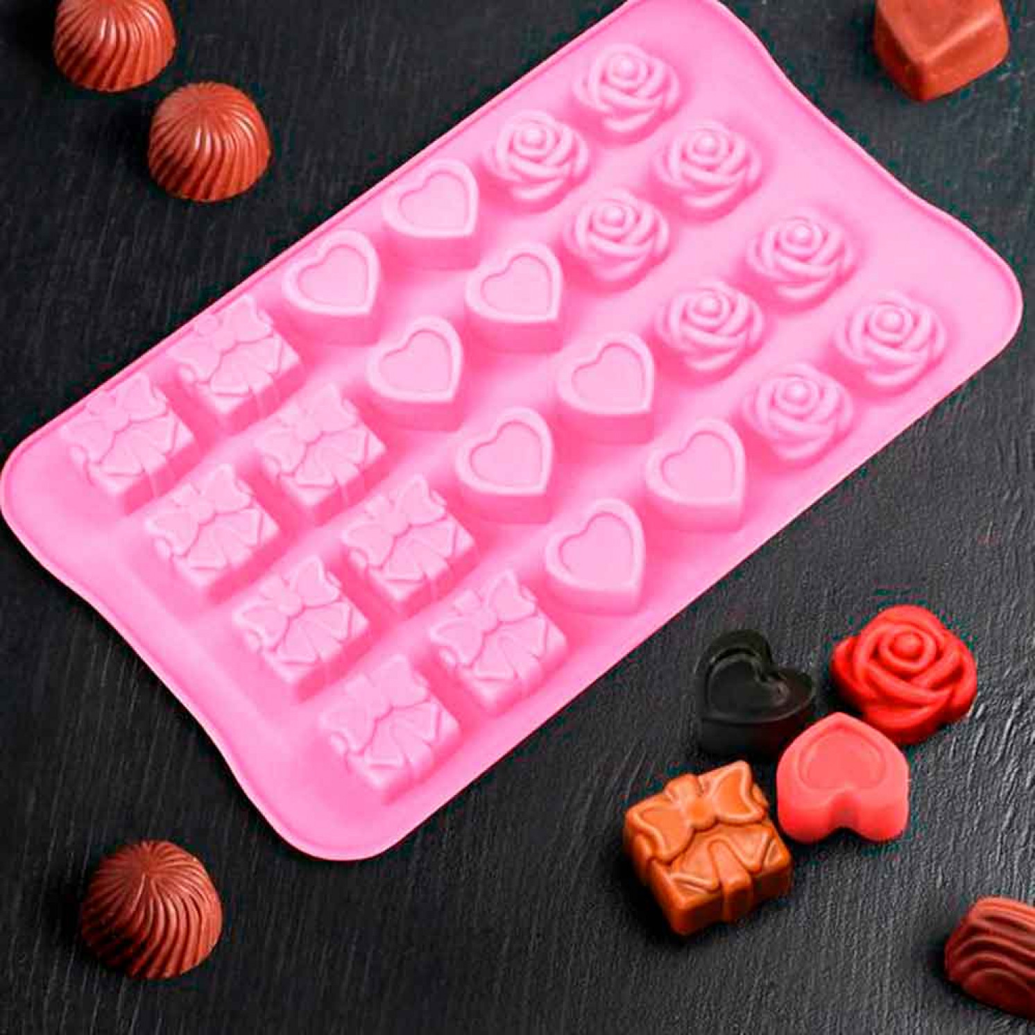 """Форма для льда и шоколада """"Подарок, сердце, роза"""", 24 ячейки (2,6×2,6×2 см), цвет МИКС"""