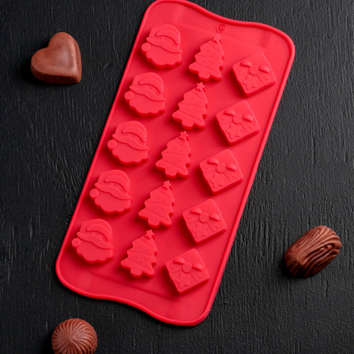 Форма для льда и шоколада «Новый год», 21×10,5 см, 15 ячеек, цвет МИКС