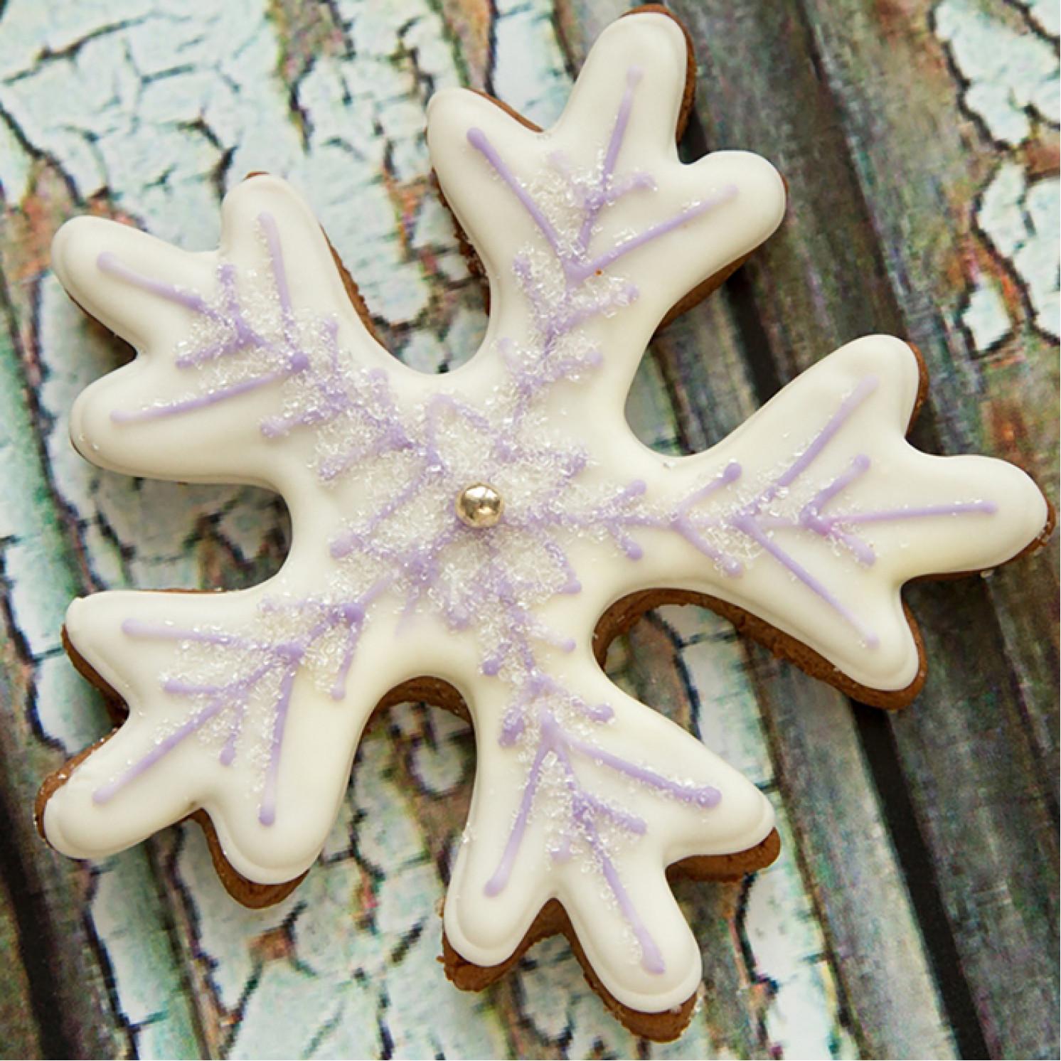 Форма для вырезания печенья «Снежинка», 9 см, цвет МИКС