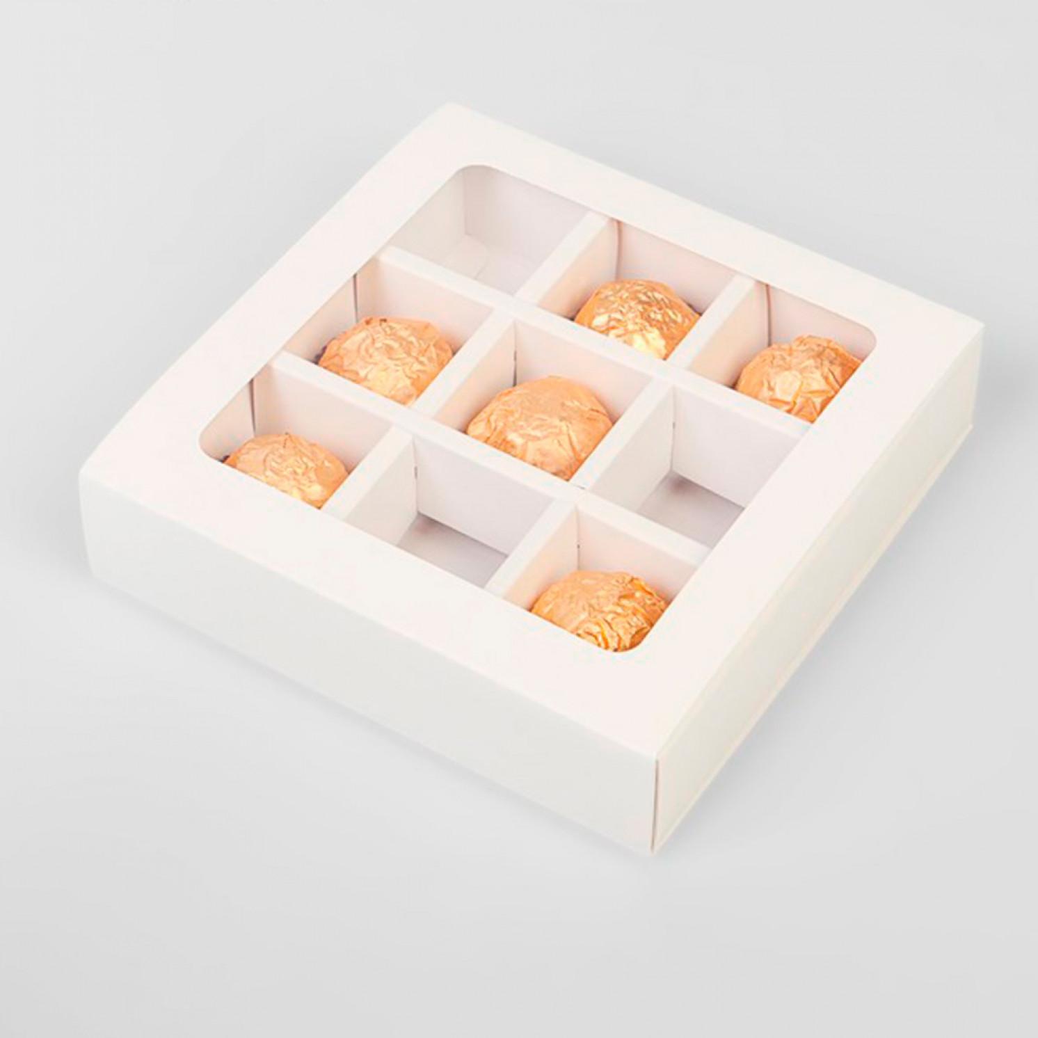 Упаковка для конфет 9 шт,14,5 х 14,5 х 3,5 см, белый