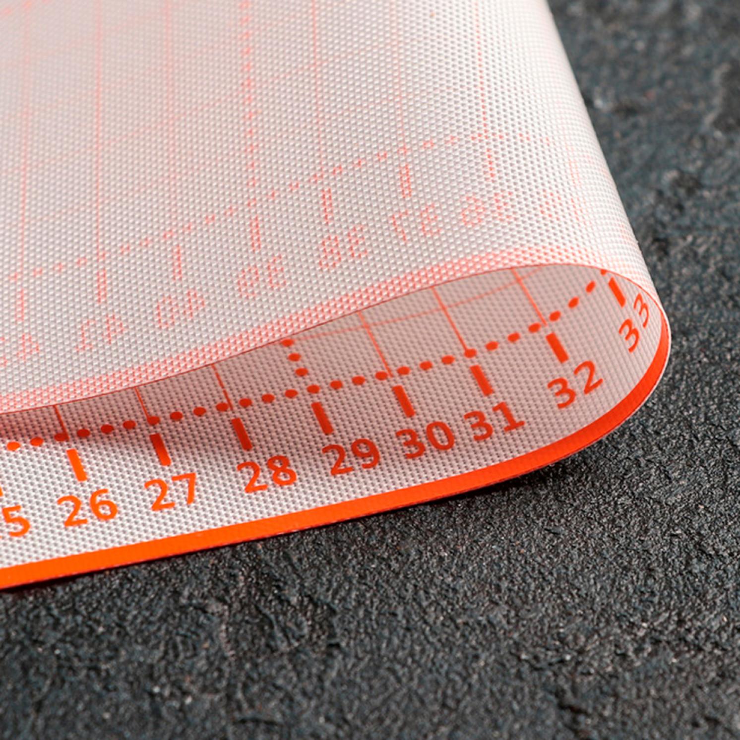 Коврик армированный с разлиновкой 50×40 см