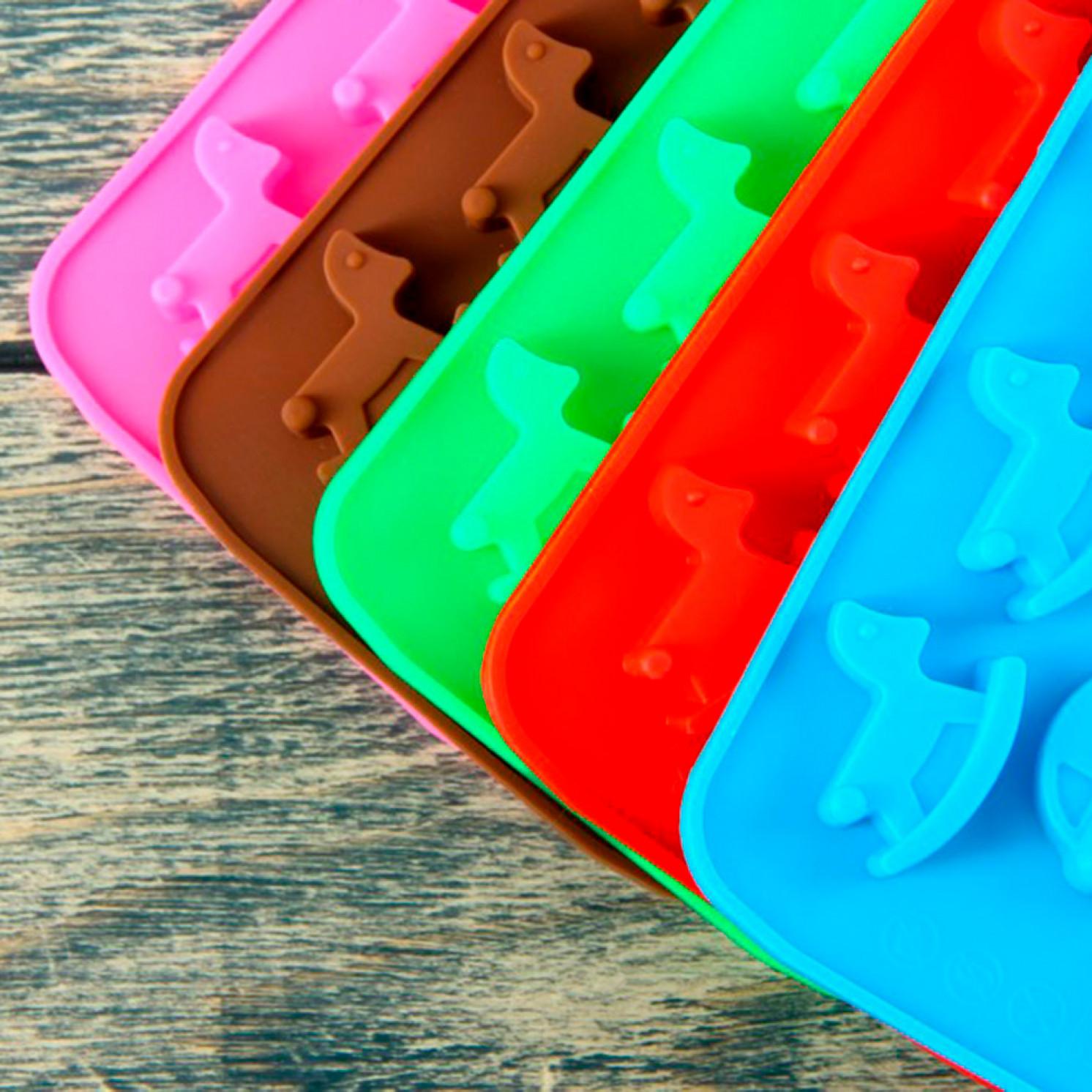 """Форма для льда и шоколада 21×11 см """"Детские игрушки"""", 15 ячеек, цвет МИКС"""