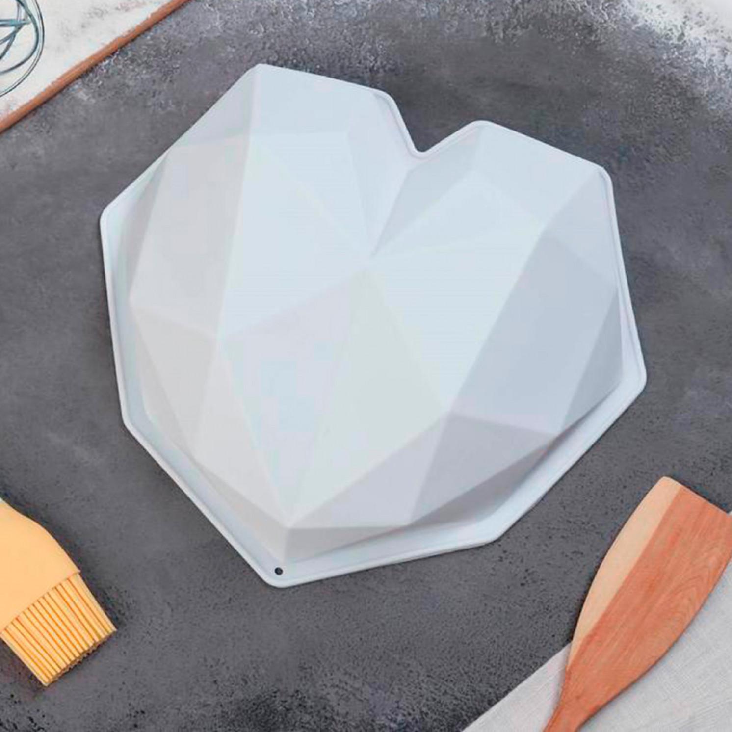 Форма для муссовых десертов и выпечки «Геометрия любви», 21,5×20 см, цвет белый
