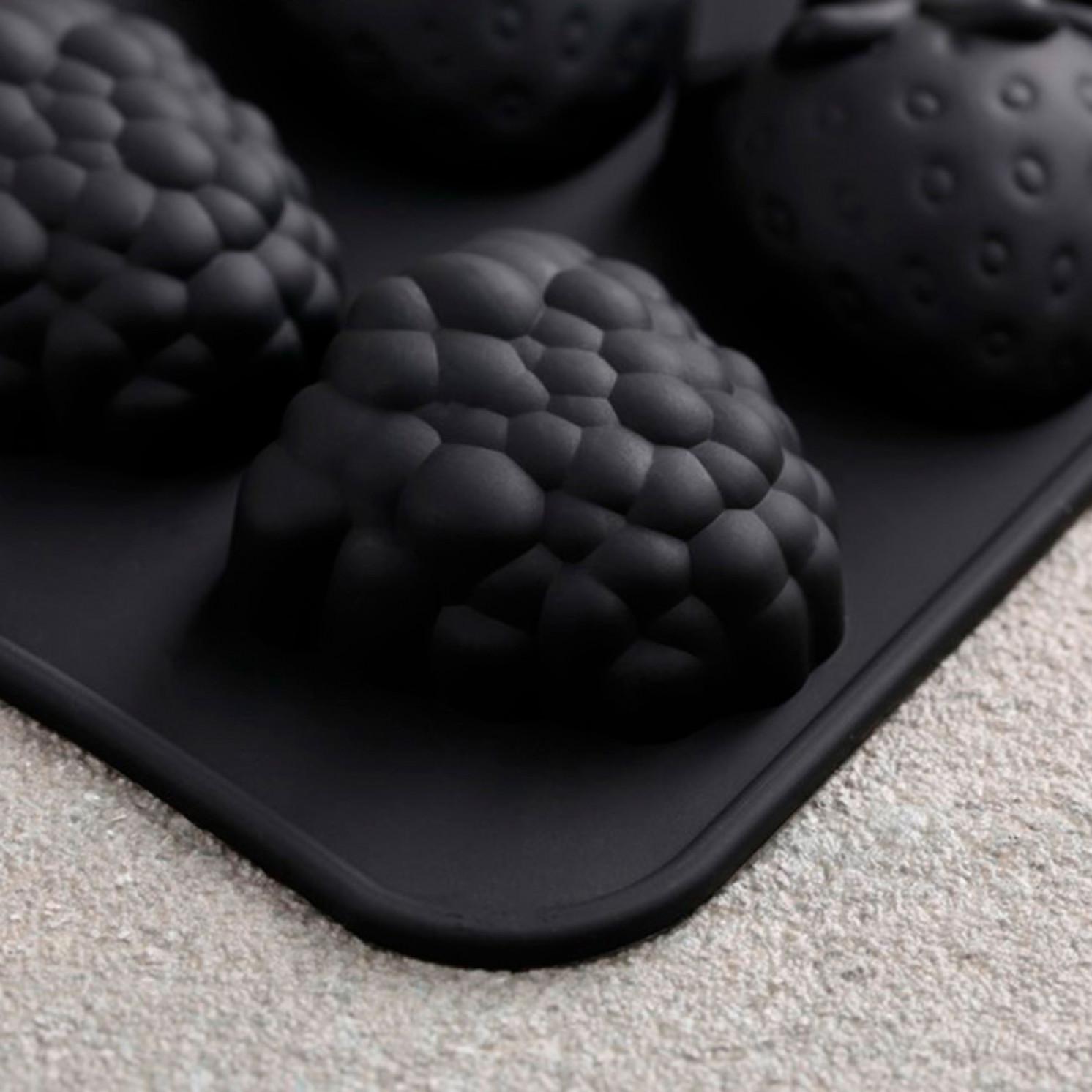 Форма для шоколада и мармелада «Мармеладные ягоды», 15 ячеек