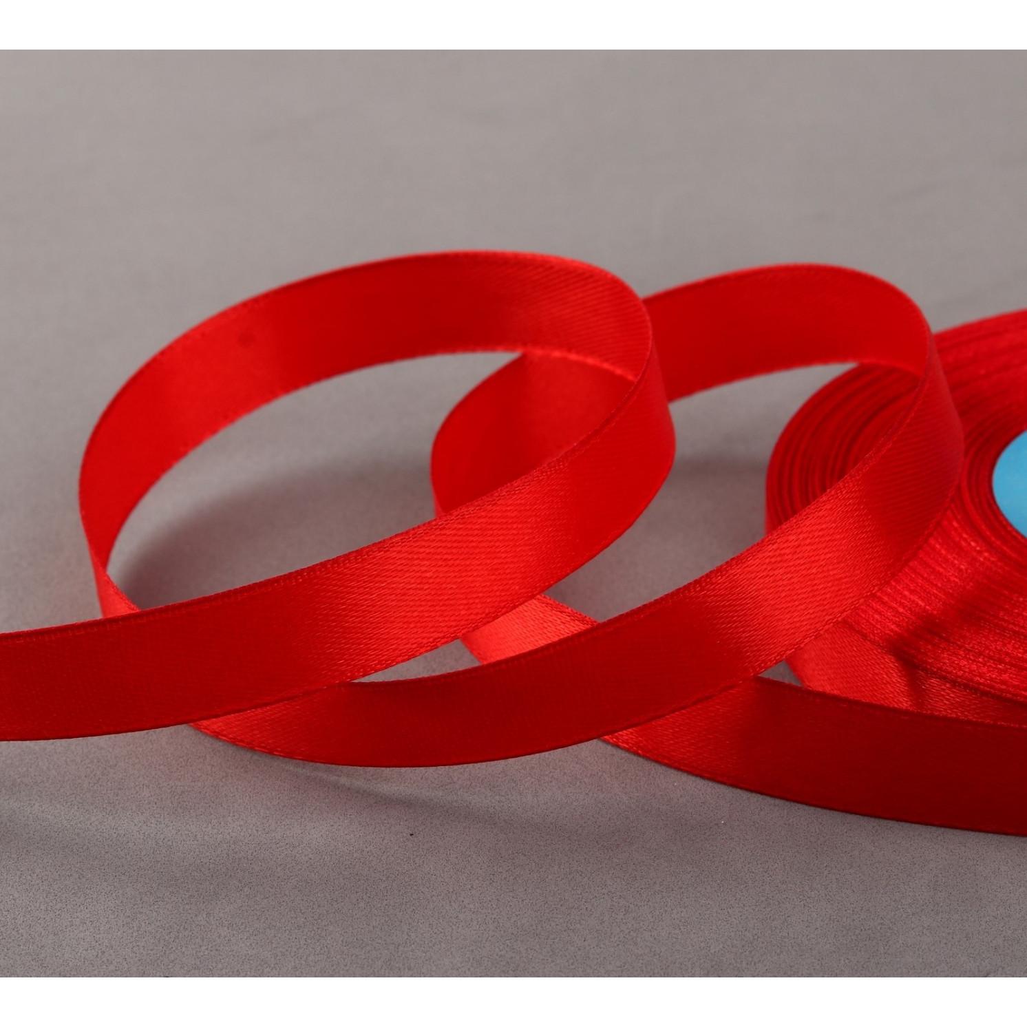 Лента атласная, 12 мм × 33 ± 2 м, цвет ярко-красный №111