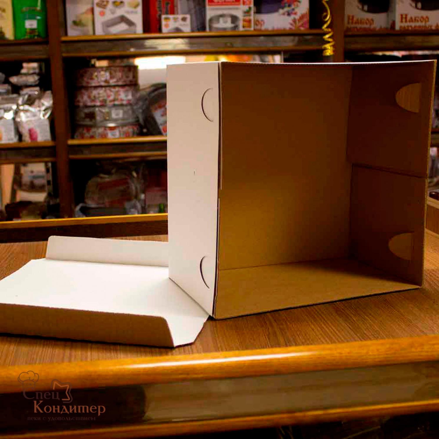 Короб картонный белый 300х300х190 мм, усиленный (гофра)