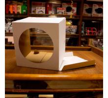 Короб картонный белый С ОКНОМ 240х240х220мм